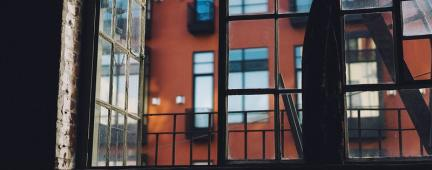 Vista da finestra su appartamenti