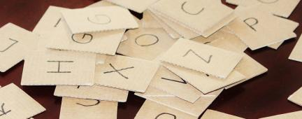Cartoncini con le lettere dell'alfabeto